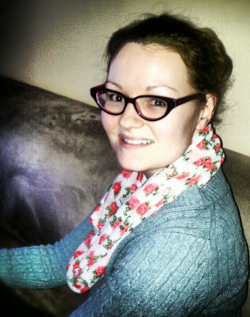Infinity Scarf Tutorial   Diary of a MadMama