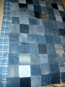 Making a refashioned denim quilt | Diary of a MadMama
